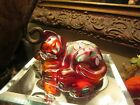 BEAUTIFUL RUBY RED FENTON CAT W FLOWERS HAND PAINTED  SIGNED