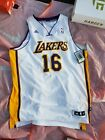 Ultimate Los Angeles Lakers Collector and Super Fan Gift Guide 40