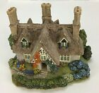 Lilliput Lane Cottages Saffron House Cottage