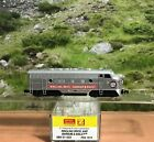 Z SCALE MICRO TRAINS RINGLING BROS F7 A UNIT DIESEL POWERED LOCOMOTIVE 1919