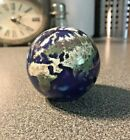 Signed Lundberg Studios 25 World Globe Paperweight 1992 Excellent Condition