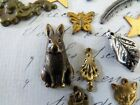 1815078828284040 1 Vintage and Antique Charms