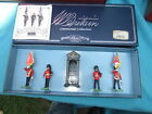 BRITAINS 00091 Scots Guards Colour Party & Guard Stand Set MIB Retired