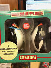 NEW MAGNETIC Ceramic Penguins Salt & Pepper Shakers-They Kiss-Free Shipping!