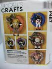 McCALL'S CRAFTS PATTERN #P487 SEASONS OF THE WREATH UNCUT / UNFOLDED
