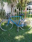 Vintage TRAVELER SCHWINN bicycle, color metalic blue and black