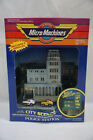 CITY SCENES POLICE STATION LIGHTED PLAYSET W 2 CARS GALOOB MICRO MACHINES