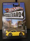 2012 Hot Wheels Boulevard Porsche 993 GT2 Yellow with Black Accents Real Riders