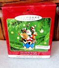 NEW IN BOX !  2001 HALLMARK ORNAMENT KRIS AND THE KRINGLES SOUND 1ST IN SERIES