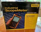 Fluke Scopemeter 123 Industrial HandHeld 20MHz Oscilloscope Scope Meter WOW