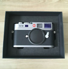 Leica M9 Camera (body only) Original Box Manual Batteries Battery Charger