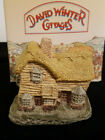 David Winter Cottages The Village Shop 1982 In Box W/ Paperwork MINT Condition