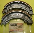 NOS YAMAHA IT490 IT465 TT600 YZ490 YZ250 FRONT BRAKE SHOES 3R5-W2535-00 NEW OEM