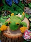 Ty Smoochy The Frog Beanie Baby Bdate Oct 1 1997 Tag Protected