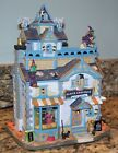 Lemax Spooky Town Black Cauldron Bootique Halloween Village Witches House 05005
