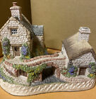 The Irish Collection Cottage - Only A Span Apart - David Winter Cottages 1991