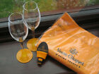 Fab Veuve Clicquot Champagne Gift Set of 2 Flutes 1 Stopper  1 Apron All New