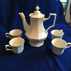 Johnson Brothers HERITAGE Coffee pot  (MADE IN ENGLAND) and 4 cups