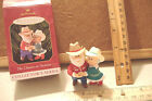 ~THE CLAUSES ON VACATION~3RD IN THE SERIES~1999 HALLMARK ORNAMENT~