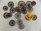 Lego Lot Of 20 Wagon Wheels / Castle / Pirate / Cannon / Mixed Colors