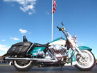 Harley Davidson ROAD KING CLASSIC FLHRC ROAD KING CLASSIC 2009 HARLEY DAVIDSON ROAD KING CLASSIC FLHRC TEAL AND WHITE 29272 MILES