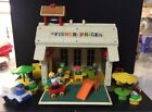 1971 FISHER PRICE 923 PLAY FAMILY SCHOOL HOUSE With 28 PIECES