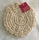 SET OF 6 VINTAGE HAND CROCHETED ECRU 4 DOILIES COASTERS NWT