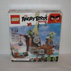Lego The Angry Birds Movie no 75825 MB Piggy Pirate Ship FREE SHIPPING