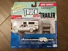 Johnny Lightning 164 2002 Chevrolet Truck Camper  Flatbed Trailer Chase Car WH