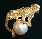 LEOPARD CAT TIGER FAUX PEARL BALL PIN BROOCH GOLD TONE VINTAGE ESTATE 1980'S