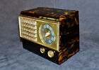 UNRESTORED c.1942 EMERSON CATALIN RADIO MODEL 502/520 - GORGEOUS FLAMED CABINET