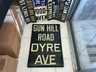 VINTAGE NYC SUBWAY SIGN R17 IRT COLLECTIBLE ROLL SIGN GUN HILL RD DYRE BRONX NY
