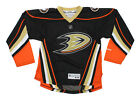 Anaheim Ducks Collecting and Fan Guide 40