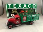 FIRST GEAR  1:34 SCALE - TEXACO 1937 CHEVROLET STAKE TRUCK WITH TIRE LOAD