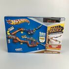 Hot Wheels Wall Tracks DareDevil Curve Playset Complete Sealed New