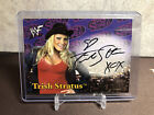 Trish Stratus Wrestling Cards, Autograph and Memorabilia Guide 17