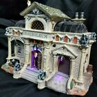 Lemax Spooky Town ~ Lighted & Animated ~ REST IN PIECES MAUSOLEUM ~ In Box