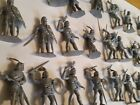 Timpo FIGURES Toys England Lot of 23 Knights 1/32 SCALE PLASTIC SOLDIERS 9511