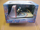 1998 STARTING LINEUP NHL FREEZE FRAME ONE ON ONE MIKE VERNON & MIKE MODANO NIB