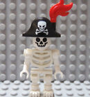 LEGO Pirate Ship Ghost Halloween Minifig Skeleton with Pirate Hat and Pfluem