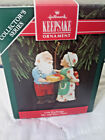 Hallmark Mr. & Mrs Claus Gift Exchange Collector's Series 1992