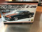 REVELL '69 CAMARO Z-28 FOOSE MODEL KIT 1/12 Scale