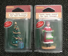 Lot x 2 Lemax Village 2019 Figurine Christmas Tree & Mrs Claus Cookies New