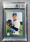 2001 Topps #562 Mike Mussina Signed. Yankees auto. 10 Autograph Card BGS NM