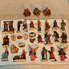 Large Lot 29 BETHLEHEM VILLAGE Grandeur Noel Nativity Scene Collectible Figures
