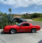 1987 Chevrolet Camaro Rare Hardtop 5 Speed Manual For Best Performance in Red Good Running TPI 50L