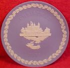 Wedgwood Blue Jasperware Christmas plate 1973 Tower of London w Box, em29
