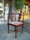 Fantastic Queen Anne Corner Chair in Mahogany by Hickory 20th century