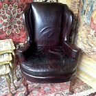 FINE ANTIQUE 1920 ERA QUEEN ANNE STYLE LEATHER RED BROWN WALNUT WOOD ARMCHAIR