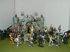 MEDIEVAL KNIGHTS  VS VIKINGS CASTLE PLAY SET FACTORY PAINTED 1/32 SCALE SET